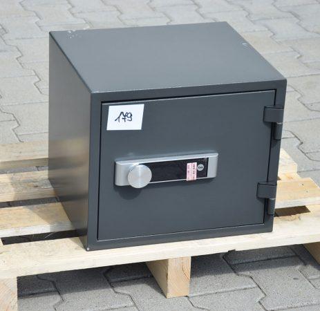 Yale - YFM/352/FG2/B tűzálló bútorszéf elektronikus zárral / ÚJ