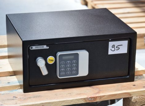 Yale - YLG/200/DB1 laptop széf elektronikus zárral és LCD kijelzővel (ÚJ)